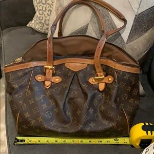 💯 AUTHENTIC LV TIVOLI BAG